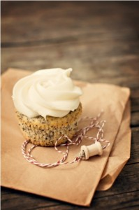 Poppyseed Lemon Cupcake