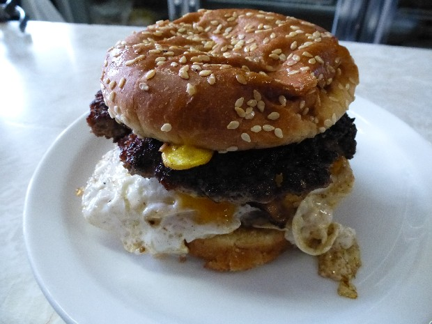 FBC Featured Member - Mr Lew's Great Burger Search