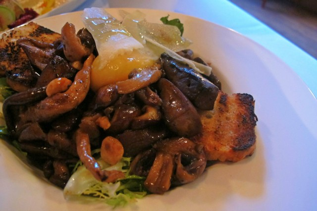 Mushrooms from Chew: Tapas Tour of Winnipeg | Food Bloggers of Canada
