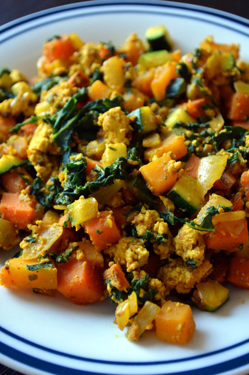 Egg Free Breakfast Idea: Savoury Tofu Scramble