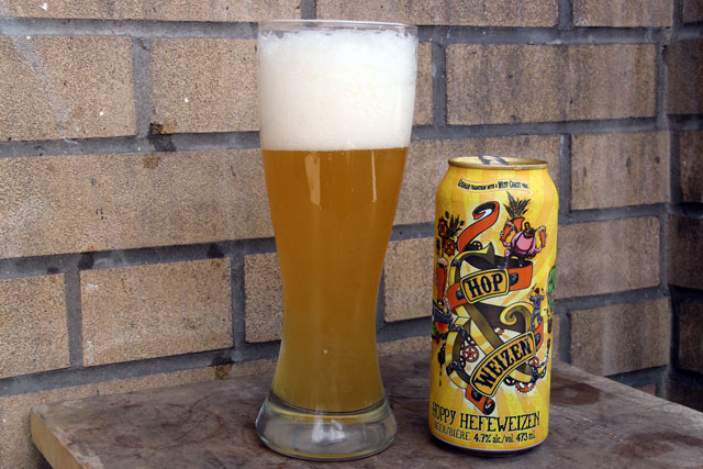 "<img class=""aligncenter size-full wp-image-17160"" src=""https://www.foodbloggersofcanada.com/wp-content/uploads/2015/07/fbchopfenweisse02.jpg"" alt=""Canada's Craft Beer Hopfenweisse 