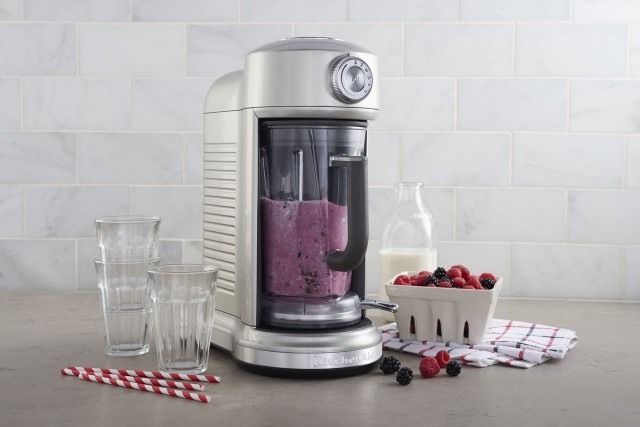 KitchenAid Torrent Berry Smoothie