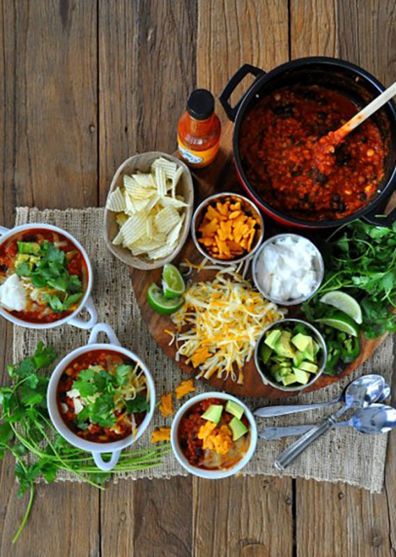 On Board in 20: Vegetarian Lentil Chili Board   Food Bloggers of Canada