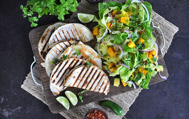 20 Minute Meals: Steak Quesadillas with Mango Avocado Salsa | Food Bloggers of Canada