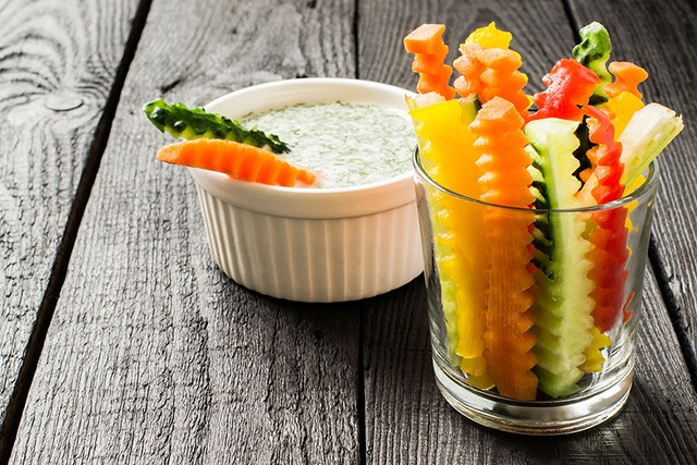raw veggies & dip