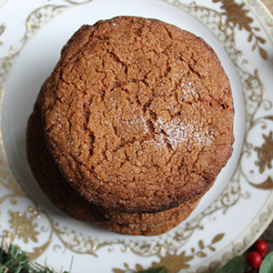 Chewy Ginger Cookies | Friendly Food Snobs