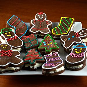 Stuffed Gingerbread Cookies | Kitchen Divas