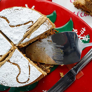 Gingerbread Cheesecake | The Cookie Writer