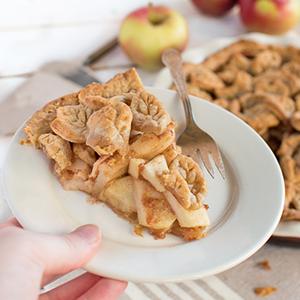 Gingerbread Apple Pie | Crumb Kitchen