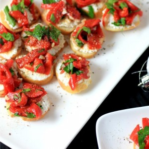 Ricotta Roasted Red Pepper Crostini | Noshing with the Nolands