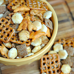 Taco Seasoned Snack Mix | Frugal Mom Eh