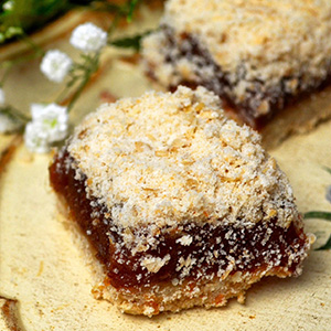 Easy Classic Date Squares | She Loves Biscotti