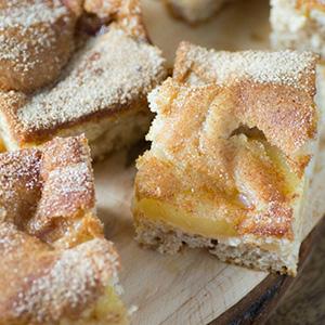 Easy Apple Cinnamon Pie Bars | Noshing with the Nolands