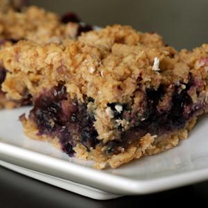 Blueberry Oat Bars | The Taste Space