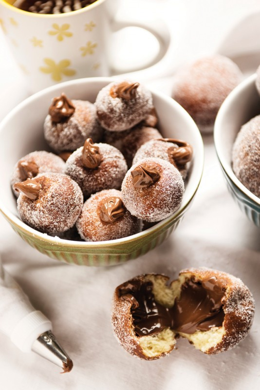 Cookbook Corner: Nonna's Way: A Collection of Classic Italian Cookie Recipes.   Food Bloggers of Canada