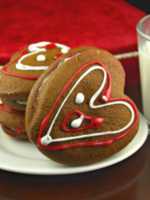 Heart Stuffed Ginger Cookies | Kitchen Divas