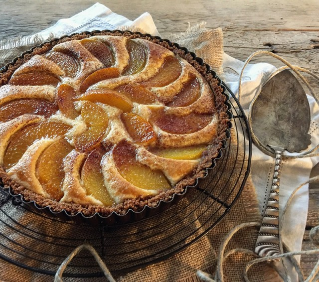 Peach Frangipani Tart | Food Bloggers of Canada
