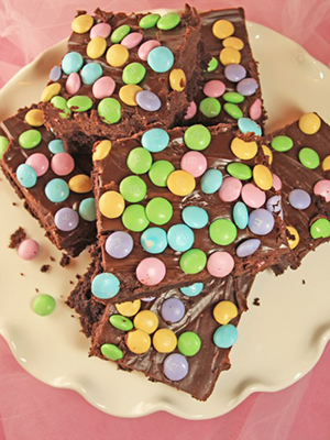 Fudge Topped Easter Brownies | 365 Days of Easy Recipes