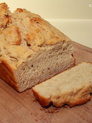 Beer Bread: Wheat Ale vs Stout | VanFoodies