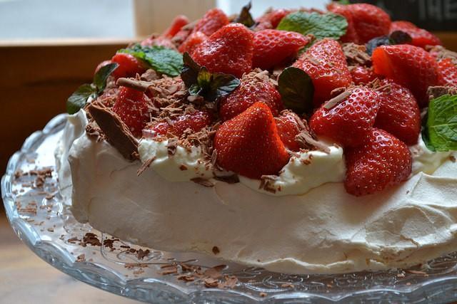 Celebrating Strawberry Season with Irish Pavlova | Food Bloggers of canada