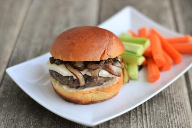 Mozzarella Mushroom Burger | Food Bloggers of Canada