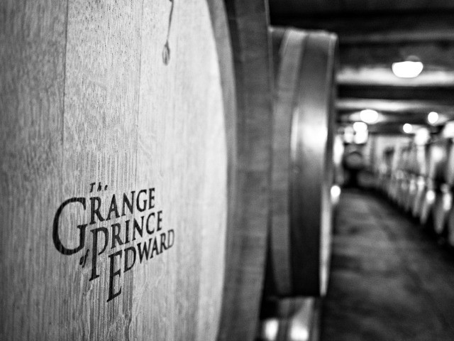Canadian Wine: The Grange of Prince Edward County | Food Bloggers of Canada