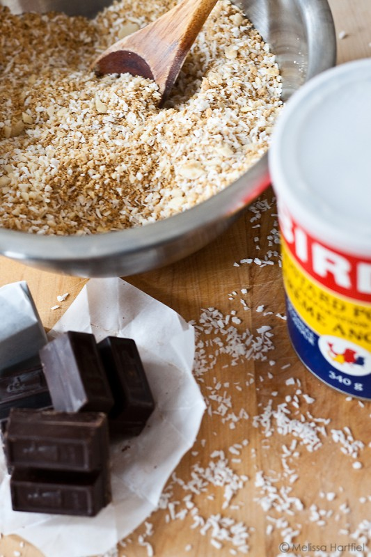 Iconic Canadian Foods: The Nanaimo Bar   Food Bloggers of Canada