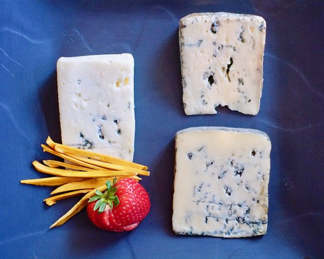 Pairing Blue Cheese With Dessert Wines | Food Bloggers of Canada