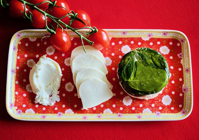 How to Serve Burrata | Food Bloggers of Canada