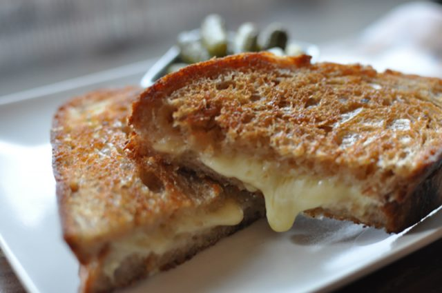 Canadian Cheeses For the Perfect Grilled Cheese Sandwich