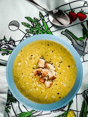 Healthier Broccoli and Cheddar Soup