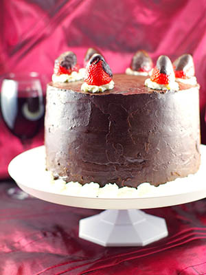 Red Wine Strawberry Chocolate Fudge Cake
