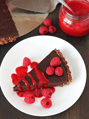 Easy Vegan Chocolate Tart