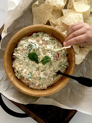 Spinach and Red Pepper Dip | Sneaky Mommies