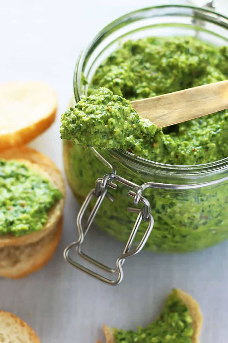 Spinach Pesto with Almonds and Feta | Leelalicious