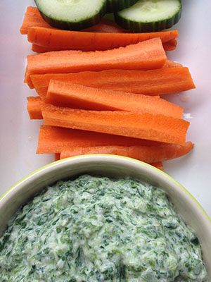 Healthy Spinach Dip | Nutritionnaire