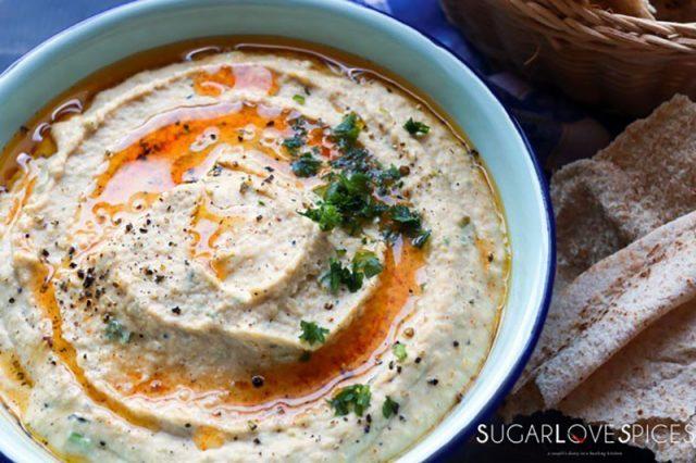 Charred Leek and Roasted Garlic Hummus | SugarLoveSpices