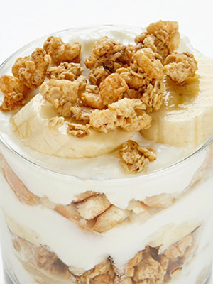 Speedy Banana Breakfast Parfait | Bite Me More