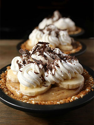 Banoffee Pie Minis | Dish 'n' the Kitchen