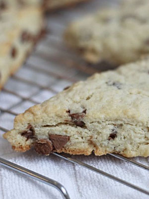 Chocolate Chip Scones | The Olive Blogger