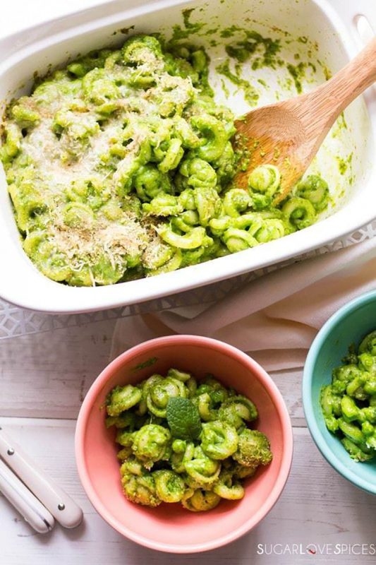 Sweet Pea and Spinach Mac n Cheese   SugarLoveSpices