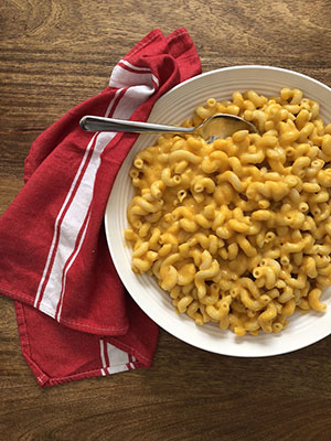 The Easiest Weeknight Butternut Squash Mac and Cheese | How To Eat