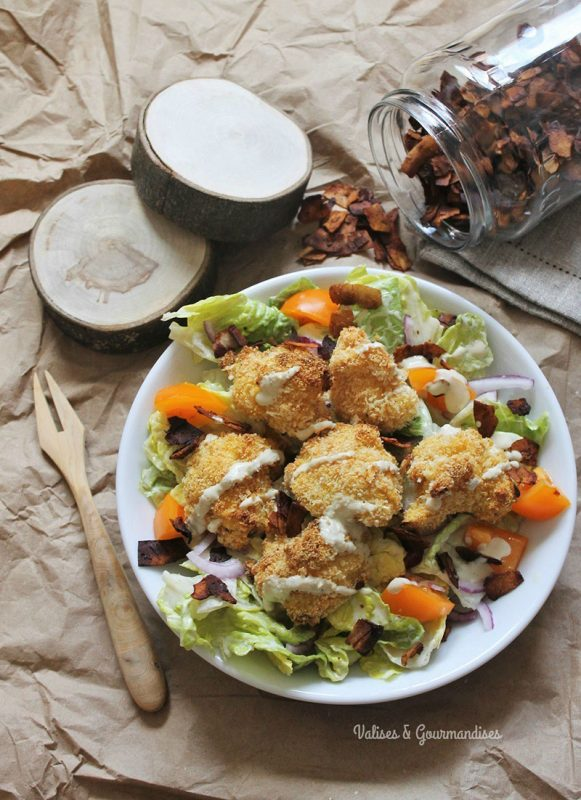 Vegan Caesar Salad With Crunchy Tempura Cauliflower | Valises & Gourmandises