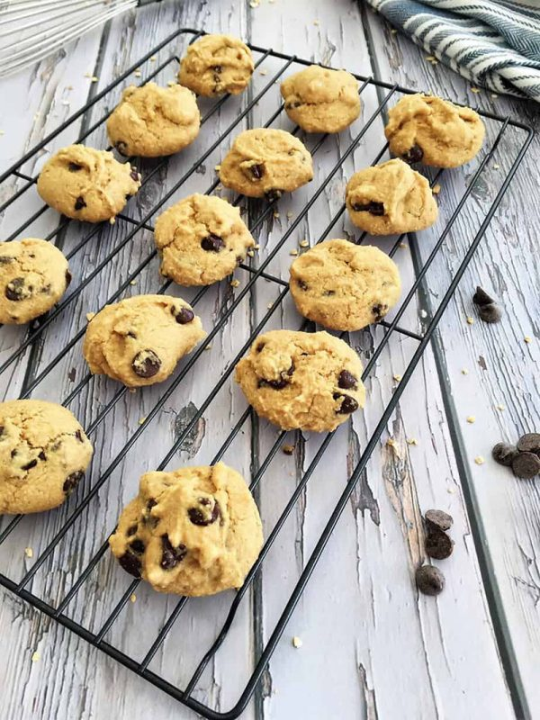 Vegan Chocolate Chip Cookies | The Healthy Kitchen