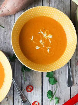 Curried Carrot and Sweet Potato Soup | Girl Heart Food