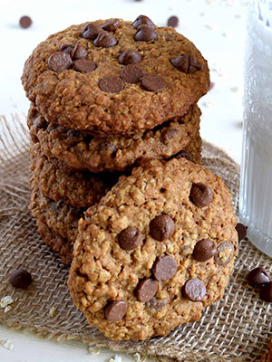 Jumbo Chocolate Chip Oatmeal Cookies | Lord Byron's Kitchen