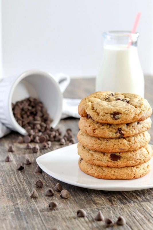 Peanut Butter Banana Chocolate Chip Cookies | Whipped It Up