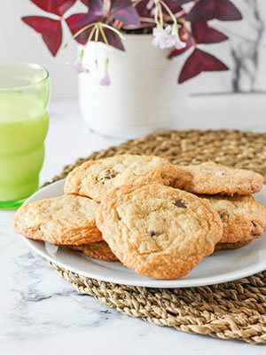 Gluten Free Chocolate Chip Cookies | The Delicious Spoon