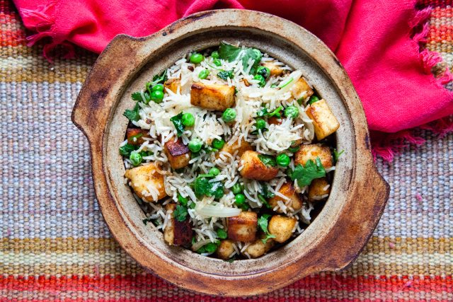 Fragrant Cilantro Rice with Paneer and Peas | Food Bloggers of Canada