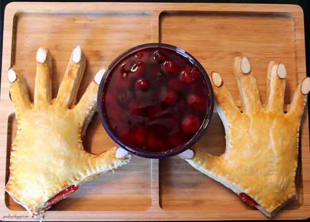 Halloween Hand Pies | Jo and Sue